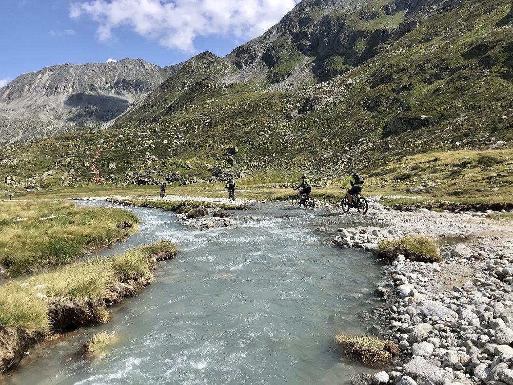 Schönster Alpencross - aus dem Zillertal über das Pfitscher Joch nach Südtirol