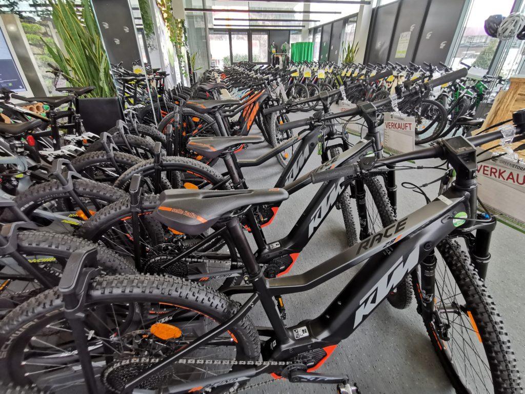 E-Bike kaufen günstig - hier gehts das um bis zu 50% günstiger!